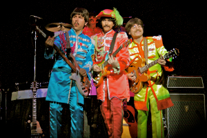 band members in sgt pepper costumes